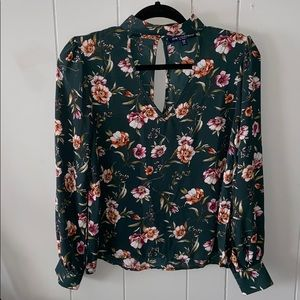 One clothing blouse